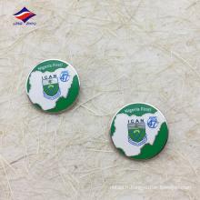 Étiquette ronde en métal Nigéria avec épingle sûre