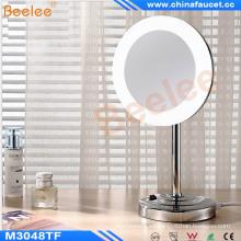 Espejo cosmético de la vanidad de la tabla del cuarto de baño LED con el marco de acrílico