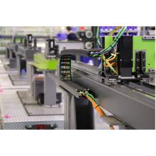 Custom Plastic Molding Service manufacturing