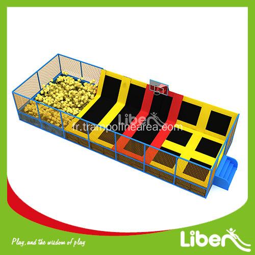Parc de trampoline int rieur chine russie pour enfant for Parc interieur pour enfant