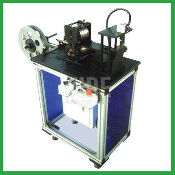 Motor stator insulation paper shaping and cutting machine