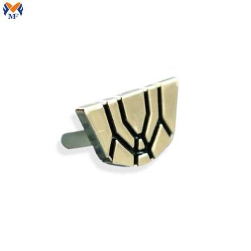Logo estampé en métal sur mesure pour vêtement