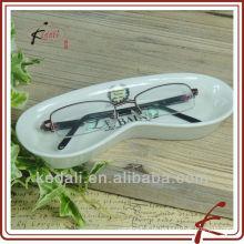 Suporte para óculos de cerâmica