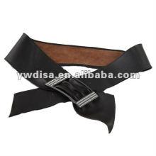 Широкий ленточный кожаный пояс для женщины со стразами Пряжка