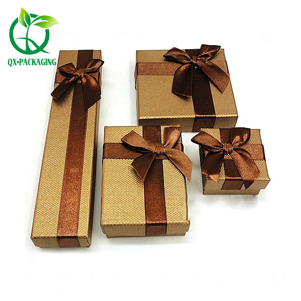 Jewellery Packaging Boxes Wholesale