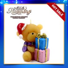 Urso bonito em forma de vela de casamento