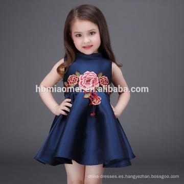 Vestido del bebé de la muchacha de la manera 2017 2-4 años Vestido del bebé de la muchacha hecha a mano Vestido de bebé
