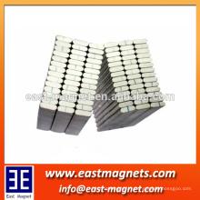 Nomal standard permanent N35 cube magnet / magnet carré à vendre