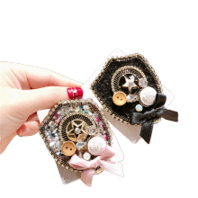 Fall Winter Rhinestone Bow Designer Brooch Pin for Women Girl Coat Sweater Accessories Vintage Badge Fashion Jewelry Handmade
