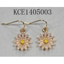 Lovely Flower Earring with Metal Jewellery