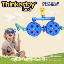 Детские развивающие пластиковые игрушки в стеклянной форме