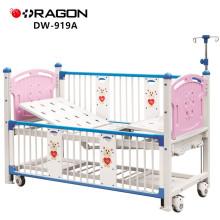 DW-919A Ajustável Deluxe Crianças Hospital Two-Crank Baby Cot Bed
