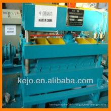 Machine de formage de rouleau de dérouleur