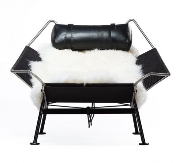 Black base chair