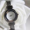 Luxury fashion waterproof lady OEM buckle watch for lady watch