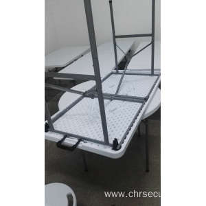 5ft Plastic folding tables