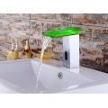 LED-Glas automatische kalte und heiße Wasserhahn