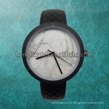 Reloj de cuarzo de acero inoxidable de moda estilo Marble Dial Hl-Bg-046