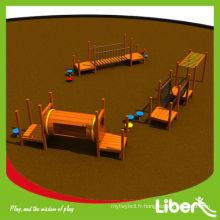 Ensemble de jeu en bois extérieur personnalisé pour enfants avec des barres de singe