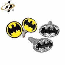 ShuangHua Nuevo personalizado grabado moda batman logo de metal gemelos para hombres