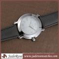 Fashion Contracted Quartz Watch with Leather Strap