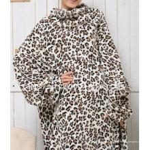 Zeitgenössische gedruckte Polar Fleece Throw Snuggie mit Ärmeln TV Decke
