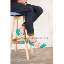 Design personalizado homens algodão meias baixo corte placa peúgas com desenhos de calcanhar de Gel de Silicio
