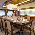 Plafon dourado moderno e minimalista para salão de banquetes