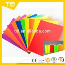 Film vinyle auto-adhésif rouge fluorescent orange