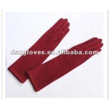 Guantes largos de lana roja