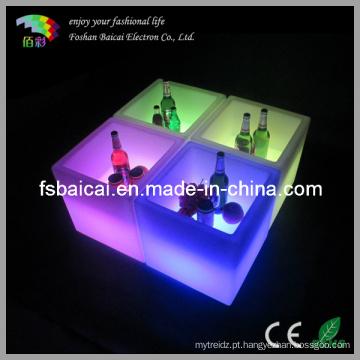 Cubo de gelo da luz do diodo emissor de luz