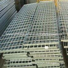 Hot galvanized steel grating with welded process and pallet packaging