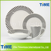 Vaisselle simple en porcelaine personnalisée