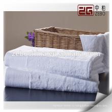 Новинка Пользовательский логотип Доступно Чисто белый 100% хлопок Hotel Банное полотенце