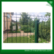 Metal mesh fencing panels for garden