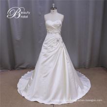 Vestido de novia de raso sin tirantes rectos brillantes de hombro