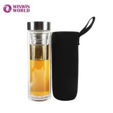 Double mur en gros portable verre borosilicate thé infuseur tasse de voyage bouteille fabricant avec couvercle en néoprène