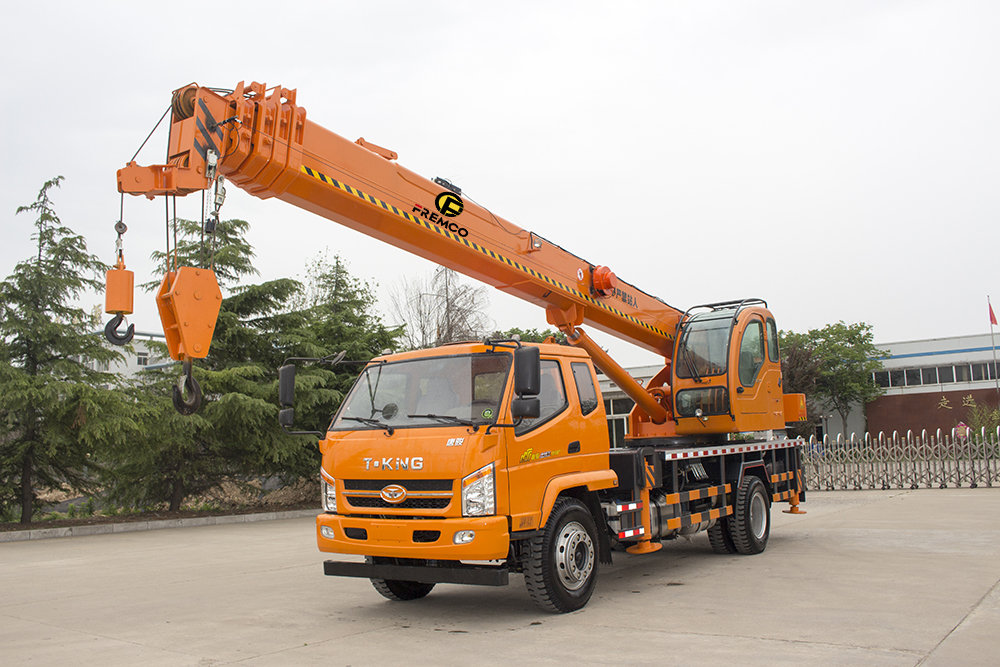 T-king Chassis Wheel Truck Crane