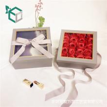 El satén popular de la cinta de la impresión en color del metal viste la caja color de rosa doble abierta de la flor para el regalo