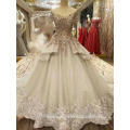 2017 Luxury Dubai heavy flower beading short sleeve princess wedding dress