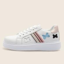 2021 zapatos de dama con forma de mariposa de diseño de correas laterales