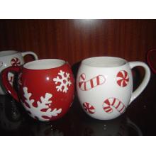 Keramik Weihnachtsbecher mit geprägtem Muster