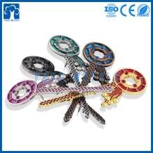 usine produit des clés de décoration artisanale en métal