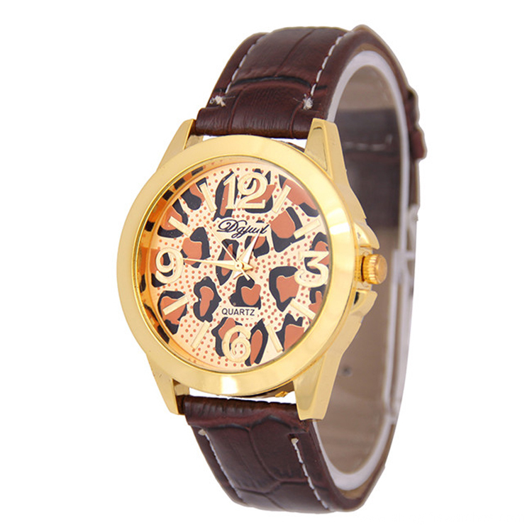 2016 Popular Women Leather Wristband Watch
