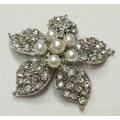 Flower Shapes Rhinestone Shoe Clips With Pearl Accessories