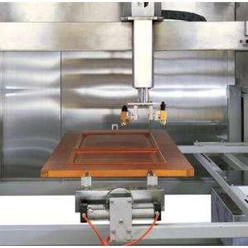 Automatische Holzspritzmaschine