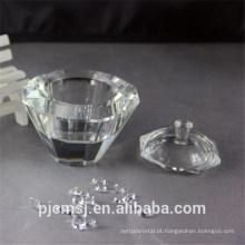 caixão claro do cristal para a decoração do casamento