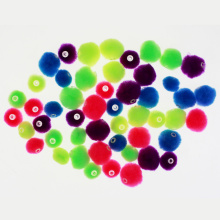 Mixed colors pompom beads sortimento