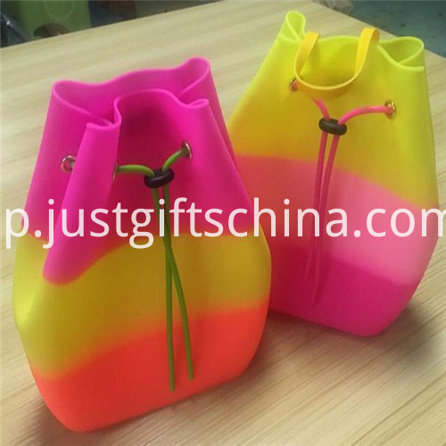 Promotional Candy Colors Silicone Backpack Bag for Kids2