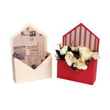 Caja de flores de lujo en forma de sobre